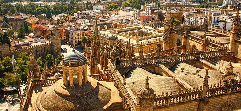 Don Pino Esposito - Siviglia: sincretismo religioso e culturale nell���anima dell���Andalusia