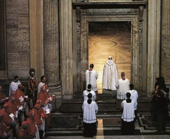 Don Pino Esposito - Anno Santo 1983: un anno di Dio e dell'uomo