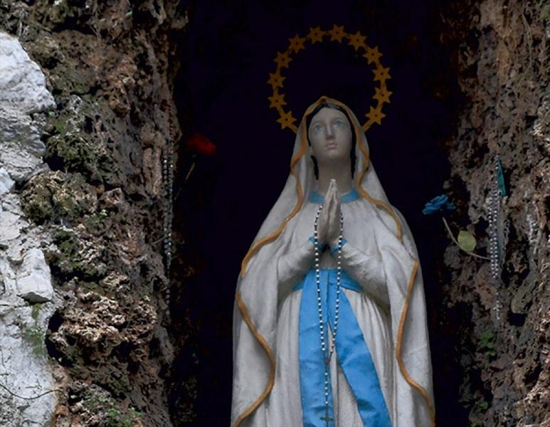 Don Pino Esposito - Oggi, 11 di febbraio, si festeggia la Santa Vergine di Lourdes
