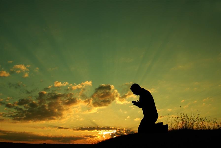 Don Pino Esposito - Charitas - Essere cristiani oggi: la fede di ogni giorno