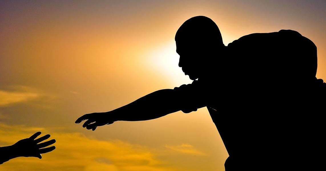 Don Pino Esposito - Essere cristiani significa avere fiducia in Dio